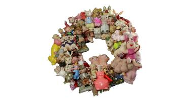 This Little Piggie, wreath by magpie
